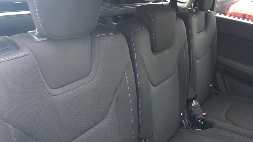 Ford S-MAX 2.0 TDCi 150 Titanium [Nav] 5dr image 9