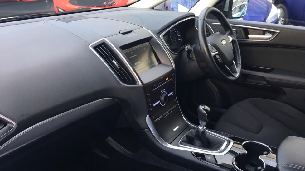 Ford S-MAX 2.0 TDCi 150 Titanium [Nav] 5dr image 13
