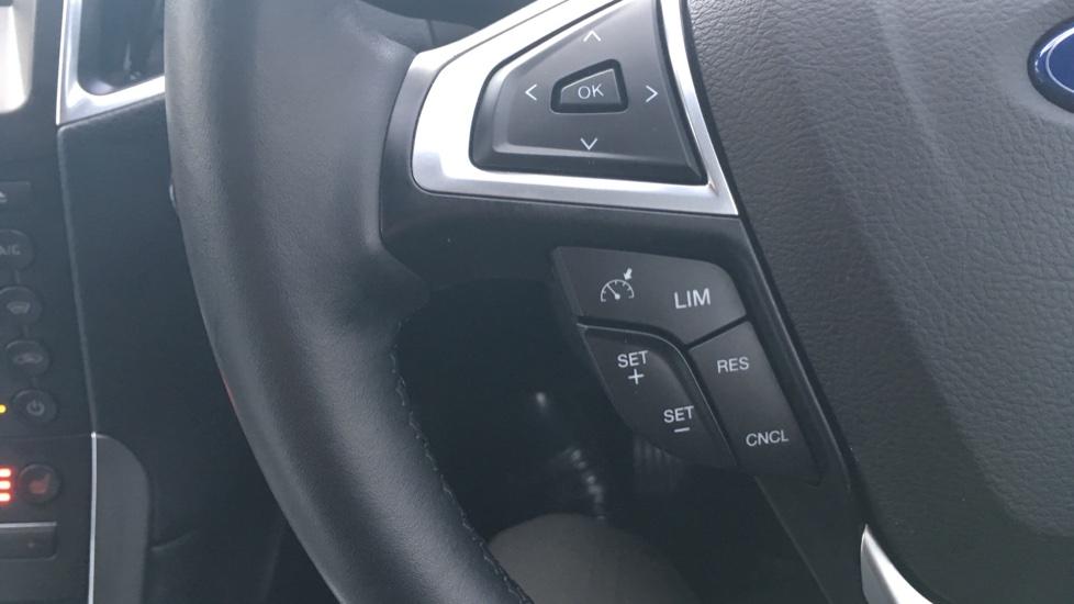 Ford S-MAX 2.0 TDCi 150 Titanium [Nav] 5dr image 18