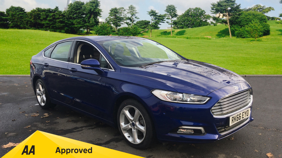 Ford Mondeo 2.0 EcoBoost Titanium Automatic 5 door Hatchback (2016) image