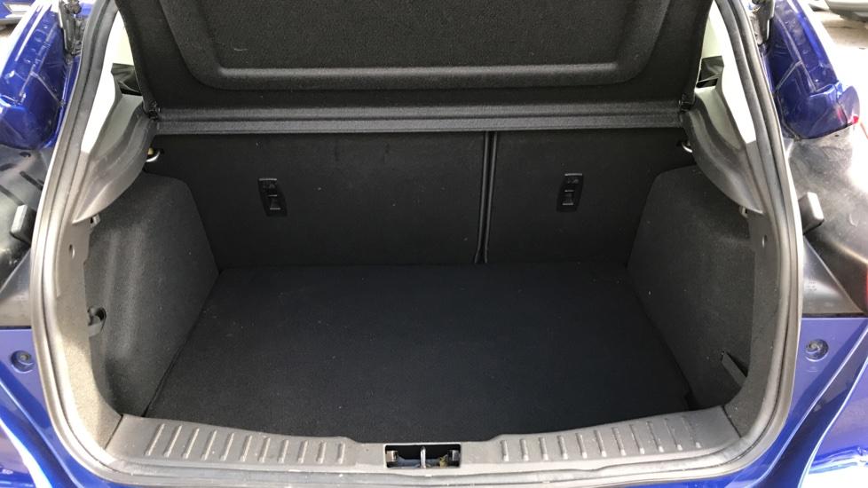 Ford Focus 1.0 EcoBoost 125ps Titanium 5dr image 10