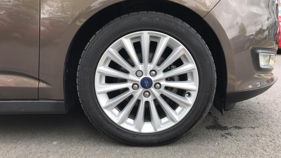 Ford C-MAX 1.5 TDCi Titanium 5dr image 8