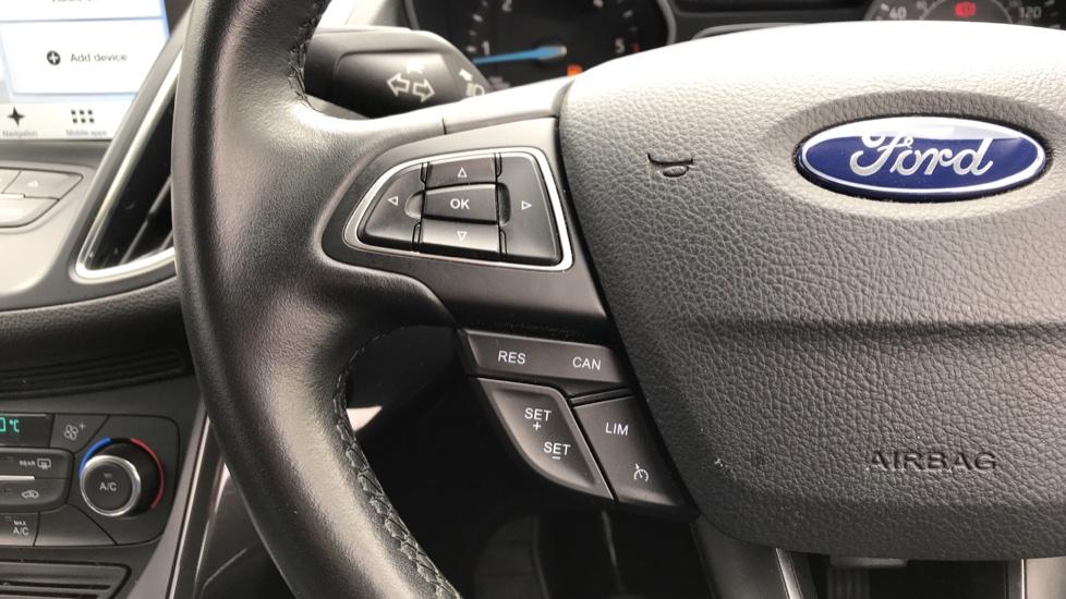 Ford C-MAX 1.5 TDCi Titanium 5dr image 18