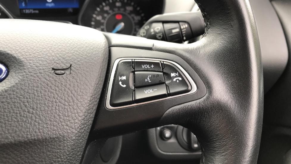 Ford C-MAX 1.5 TDCi Titanium 5dr image 19