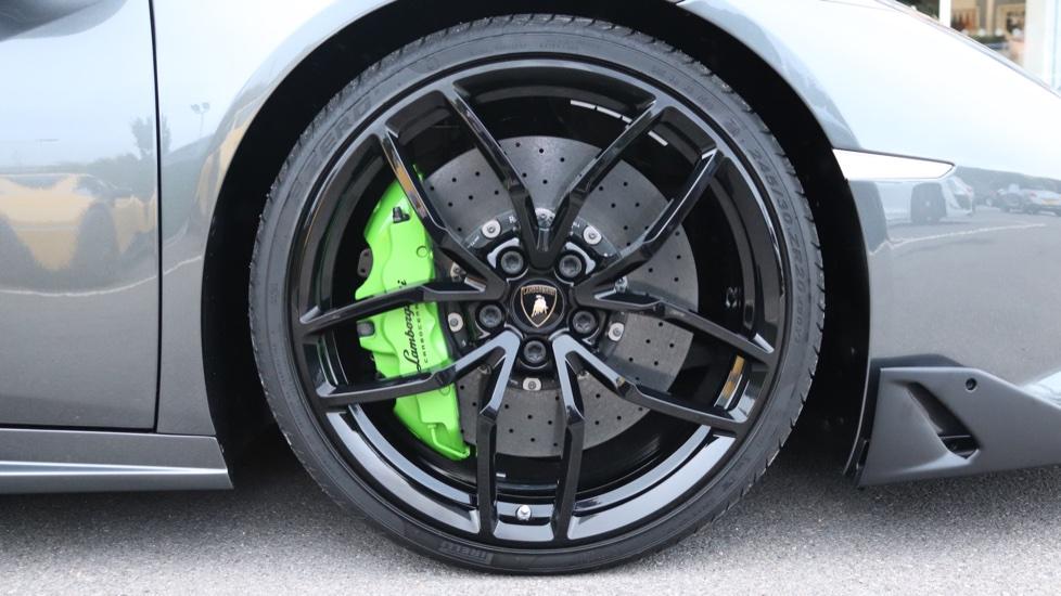Lamborghini Huracan Spyder LP 610-4 2dr LDF image 17