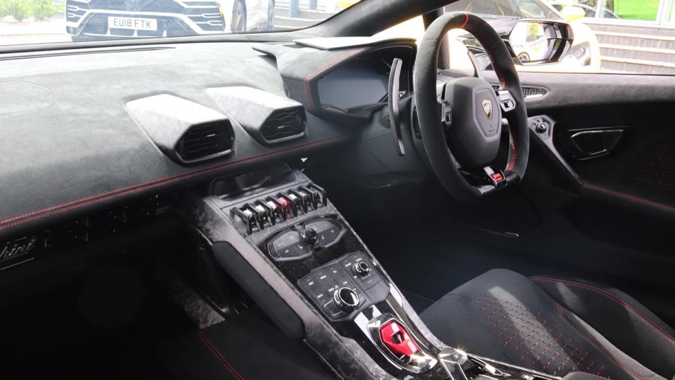 Lamborghini Huracan Performante Spyder 5.2 V10 640 2dr Auto AWD image 5