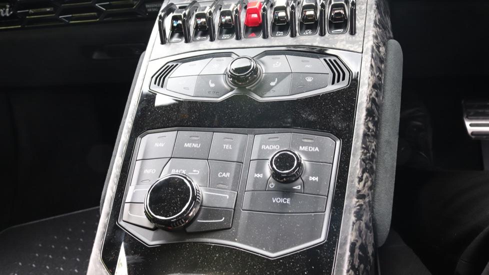 Lamborghini Huracan Performante Spyder 5.2 V10 640 2dr Auto AWD image 13