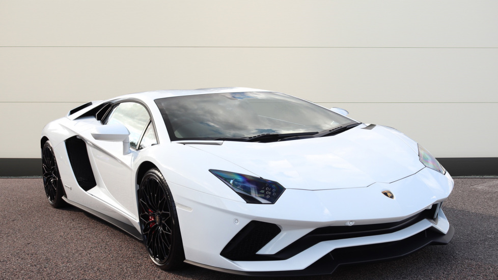 Lamborghini Aventador S Coupe LP 740-4 S 2dr ISR 5.0 Automatic Coupe (2019) at Lamborghini Tunbridge Wells thumbnail image