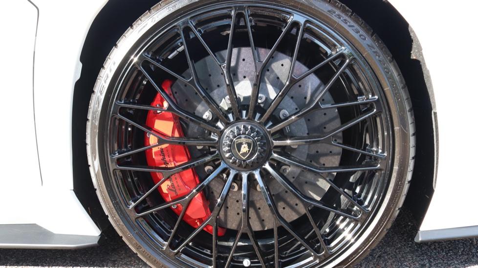 Lamborghini Aventador S Coupe LP 740-4 S 2dr ISR image 17