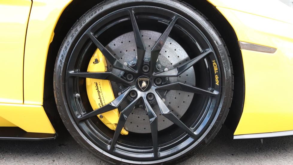 Lamborghini Aventador S Coupe LP 740-4 2dr ISR image 17