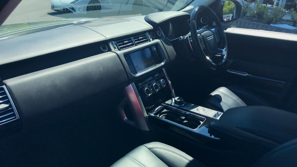 Land Rover Range Rover 5.0 V8 Supercharged Autobiography 4dr [SS] image 25
