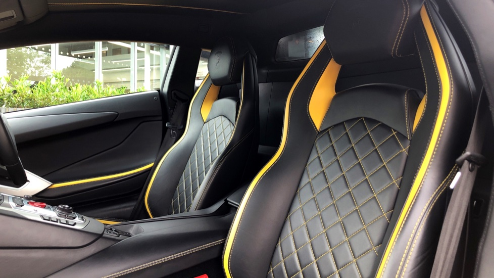 Lamborghini Aventador S Coupe LP 740-4 2dr ISR image 6