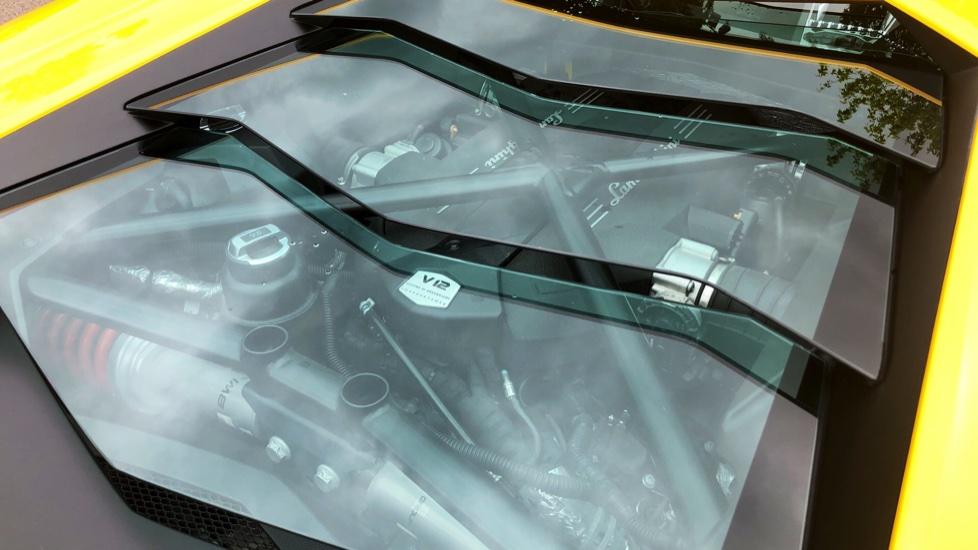 Lamborghini Aventador S Coupe LP 740-4 2dr ISR image 15