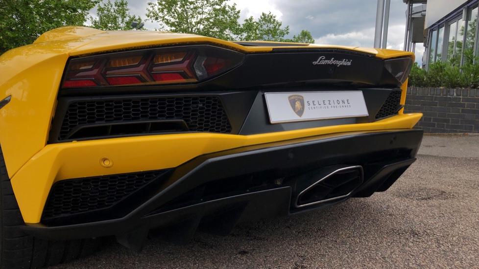 Lamborghini Aventador S Coupe LP 740-4 2dr ISR image 19