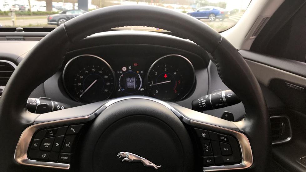Jaguar XE 2.0d [180] Portfolio AWD image 12
