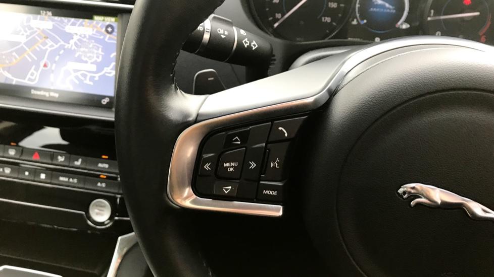 Jaguar XE 2.0d [180] Portfolio AWD image 19