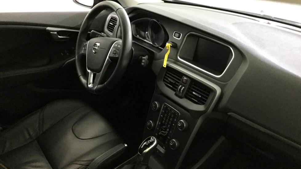 Volvo V40 Cross Country D2 120cv Xenium Geartronic 6 Vel.