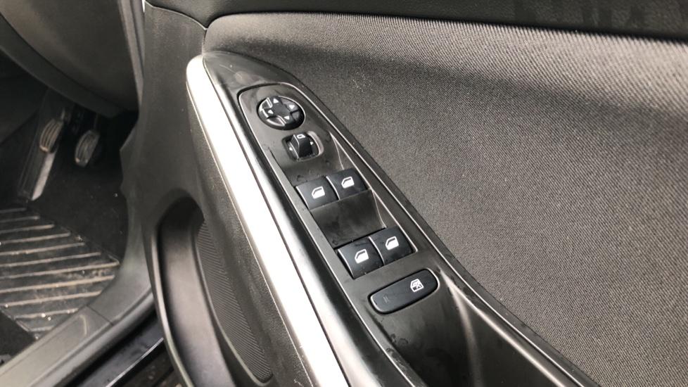 Vauxhall Grandland X 1.5 Turbo D SE 5dr image 15