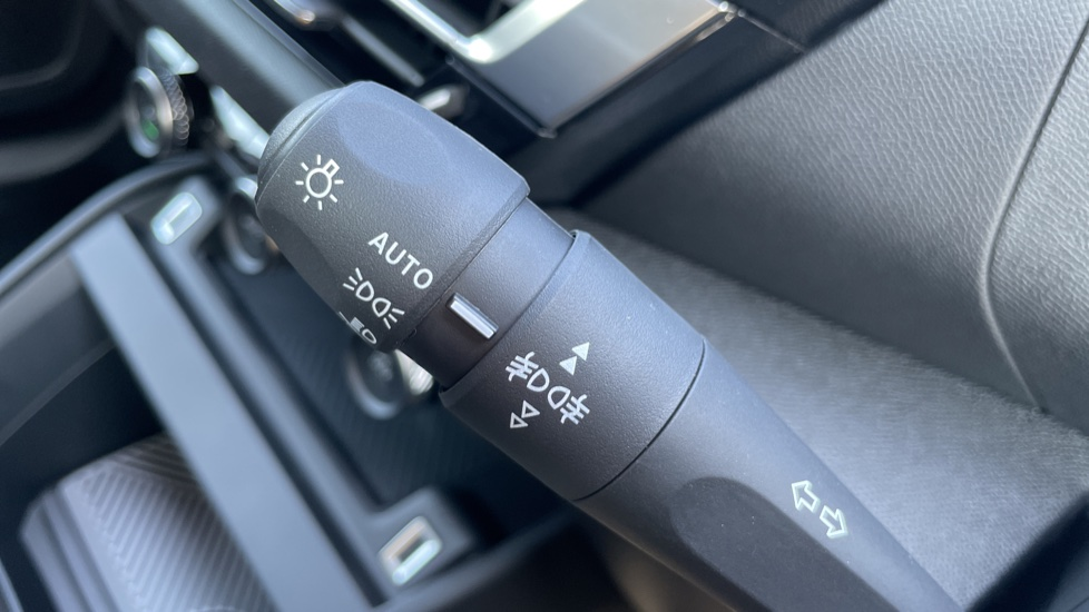 Citroen New C4 1.5 BlueHDi [130] Sense Plus 5dr Auto [Navigation][Head Up Display] image 20