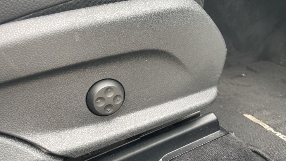Mercedes-Benz GLC-Class GLC 250d 4Matic AMG Line [Premium Plus] 5dr 9G-Tronic [Memory Seats] image 20