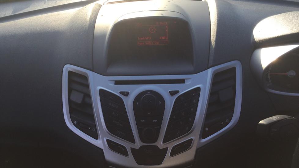 Ford Fiesta 1.25 Zetec [82] image 16