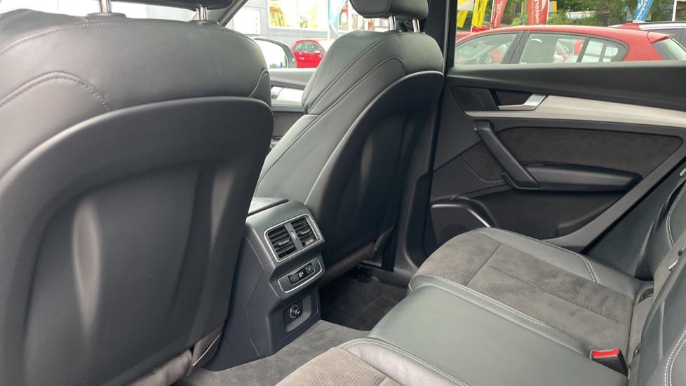 Audi Q5 3.0 TDI Quattro S Line 5dr Tip [Panoramic Glass Roof][Navigation] image 4