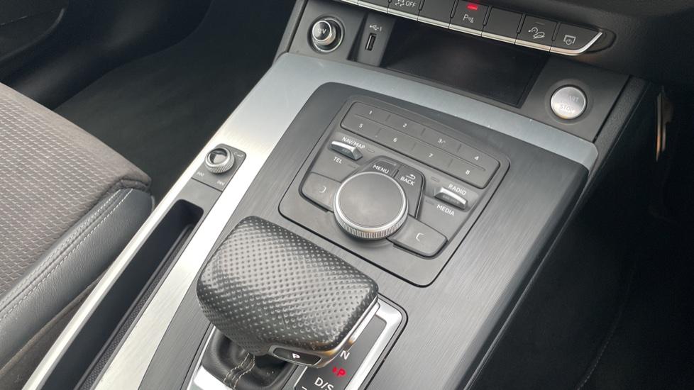 Audi Q5 3.0 TDI Quattro S Line 5dr Tip [Panoramic Glass Roof][Navigation] image 30