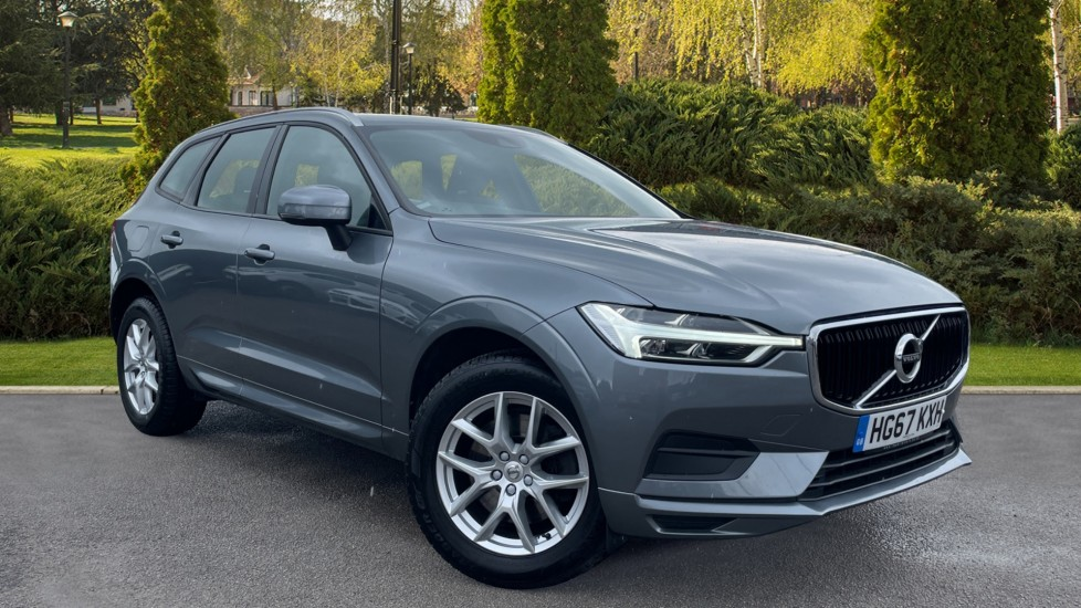Volvo XC60 2.0 D4 Momentum 5dr AWD Geartronic [LED Headlights][Active Drivers Display] Diesel Automatic Estate (2017) image