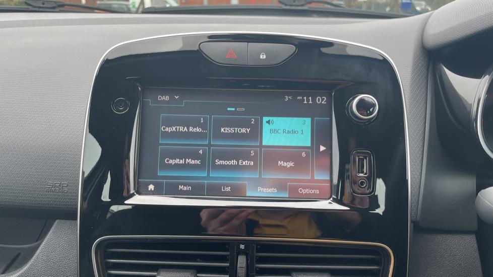 Renault Clio 0.9 TCE 90 Dynamique Nav 5dr image 25