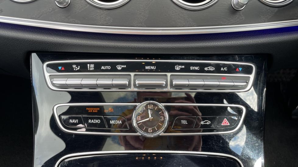 Mercedes-Benz E-Class E220d AMG Line [Premium] 5dr 9G-Tronic [Panoramic Sunroof][Rear Camera] image 29