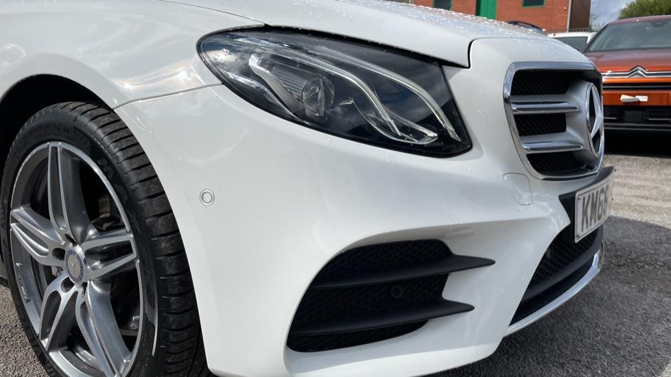 Mercedes-Benz E-Class E220d AMG Line [Premium] 5dr 9G-Tronic [Panoramic Sunroof][Rear Camera] image 12