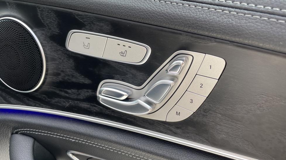 Mercedes-Benz E-Class E220d AMG Line [Premium] 5dr 9G-Tronic [Panoramic Sunroof][Rear Camera] image 18