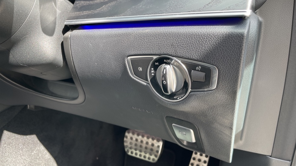 Mercedes-Benz E-Class E220d AMG Line [Premium] 5dr 9G-Tronic [Panoramic Sunroof][Rear Camera] image 20