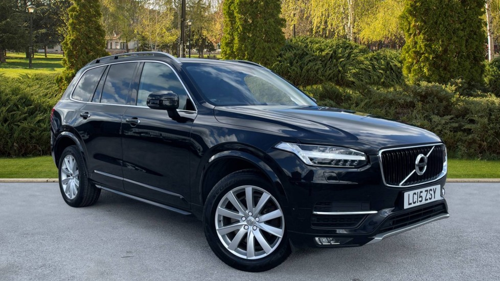 Volvo XC90 2.0 D5 Momentum 5dr AWD Geartronic [Navigation][Heated Wheel][CD Player] Diesel Automatic Estate (2015) image
