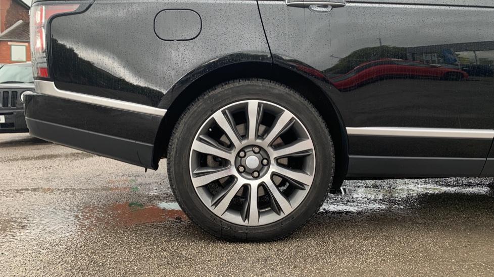 Land Rover Range Rover 4.4 SDV8 Autobiography [Surround Camera System][Panoramic Sliding Roof] image 8
