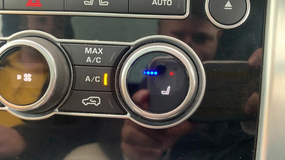 Land Rover Range Rover 4.4 SDV8 Autobiography [Surround Camera System][Panoramic Sliding Roof] image 41
