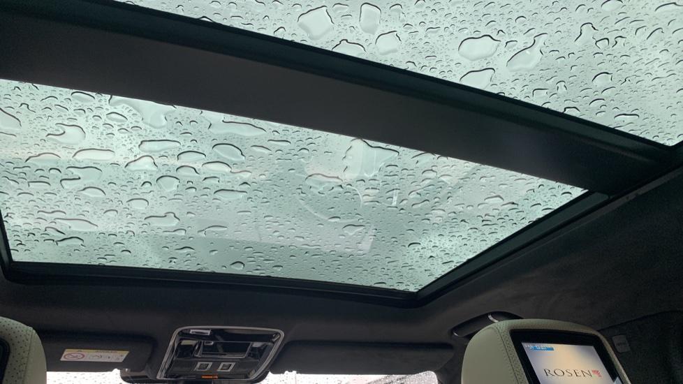 Land Rover Range Rover 4.4 SDV8 Autobiography [Surround Camera System][Panoramic Sliding Roof] image 9