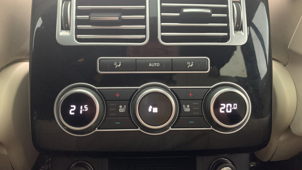 Land Rover Range Rover 4.4 SDV8 Autobiography [Surround Camera System][Panoramic Sliding Roof] image 10