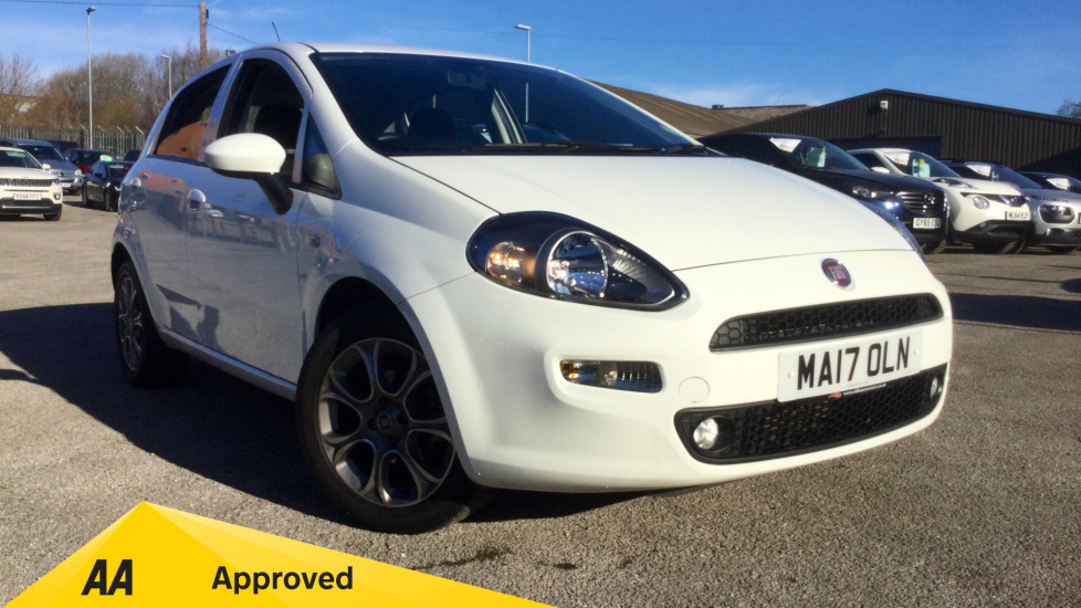 Fiat Punto 1.2 Easy+ 5dr Hatchback (2017) at Fiat and Jeep Oldham Motors thumbnail image