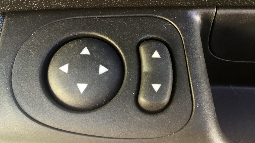 Fiat 500 1.2 Pop - LED Daytime Lights, Multifunction Steering Wheel image 12