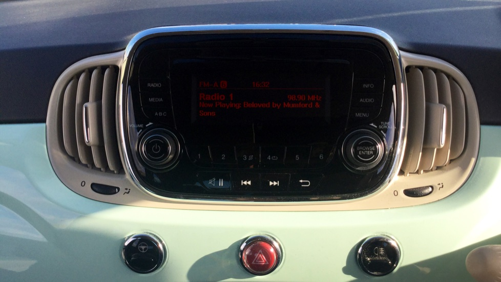 Fiat 500 1.2 Pop - LED Daytime Lights, Multifunction Steering Wheel image 17