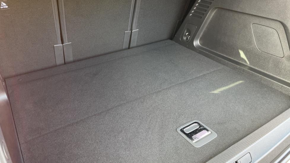 Citroen C5 Aircross SUV 1.6 Plug-in Hybrid 225 Flair Plus 5dr e-EAT8 image 14