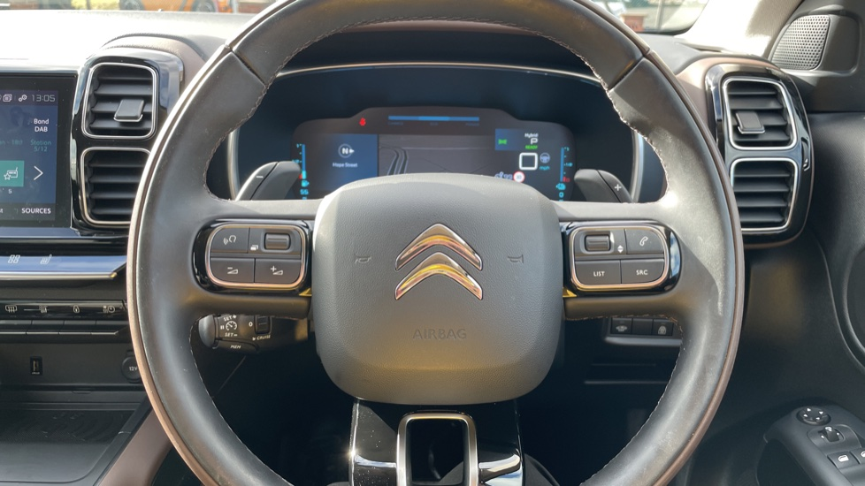 Citroen C5 Aircross SUV 1.6 Plug-in Hybrid 225 Flair Plus 5dr e-EAT8 image 22