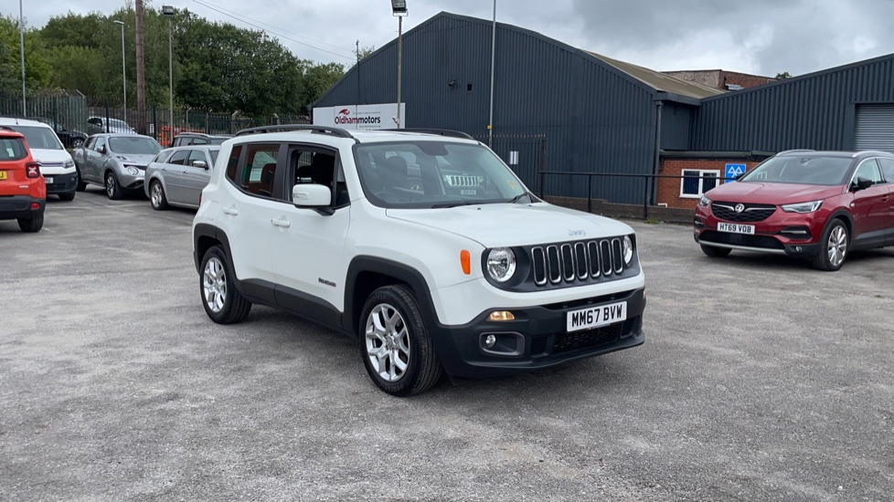 Jeep Renegade 1.6 Multijet Longitude 5dr Diesel Hatchback (2017) at Fiat and Jeep Oldham Motors thumbnail image