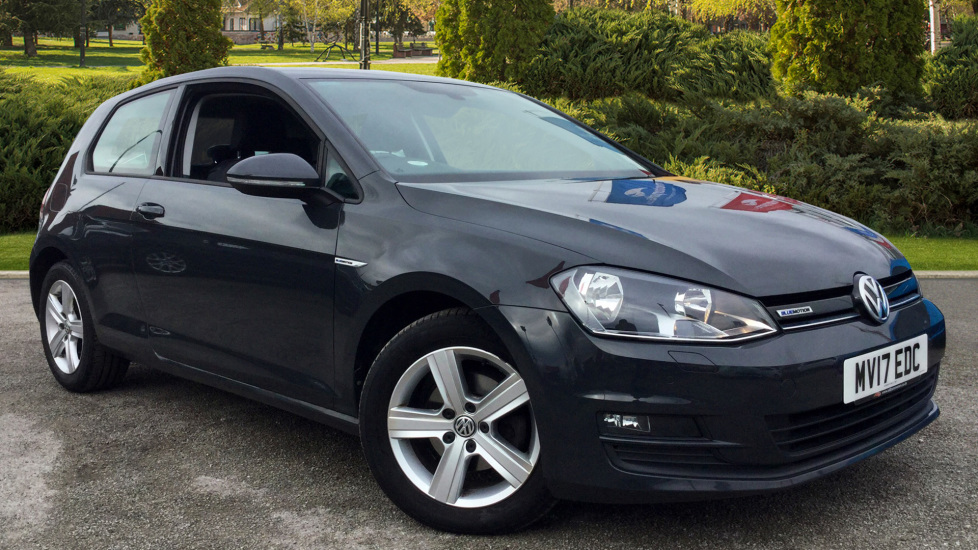 Volkswagen Golf 1.0 TSI Match BlueMotion Edition 3dr Hatchback (2017) at Oldham Motors Citroen, Fiat and Jeep thumbnail image