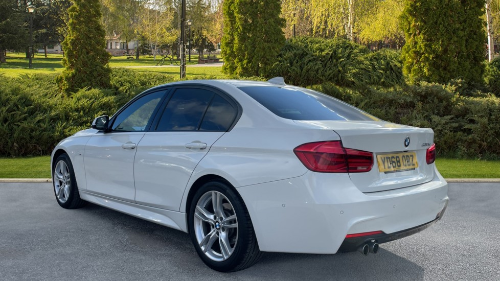 BMW 3 Series 320d M Sport Step [Park Assist][Navigation] image 2
