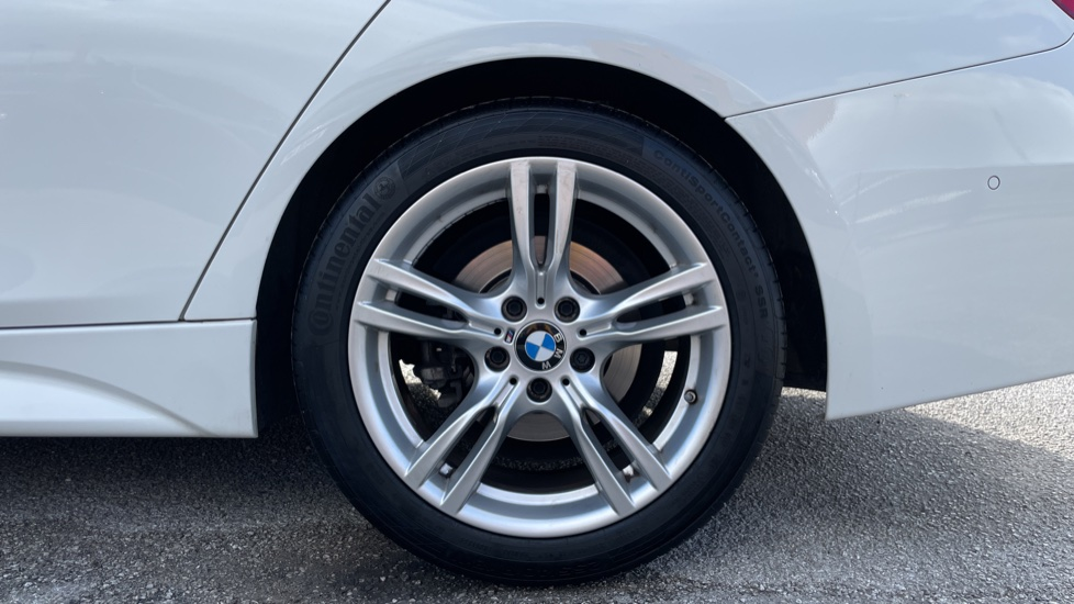 BMW 3 Series 320d M Sport Step [Park Assist][Navigation] image 8