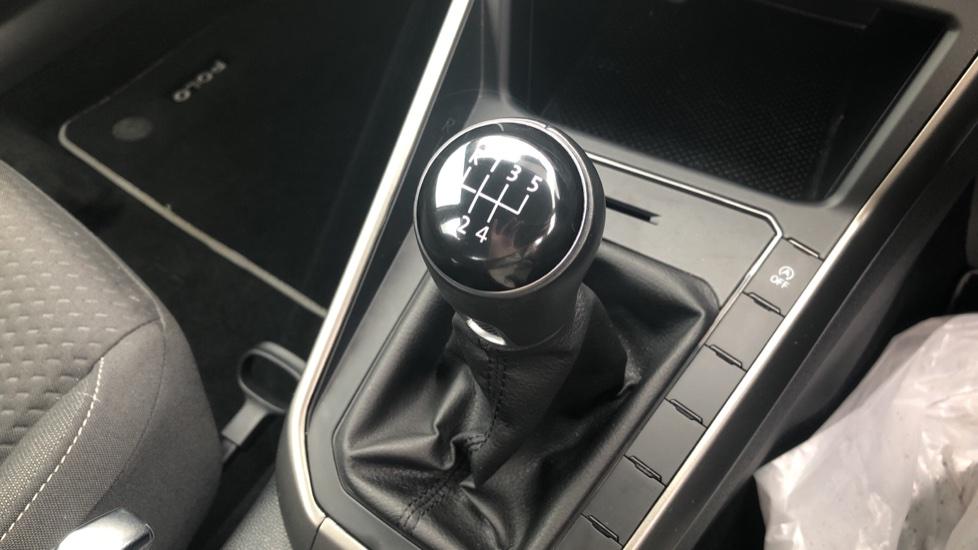 Volkswagen Polo 1.0 TSI 95 SE 5dr image 26