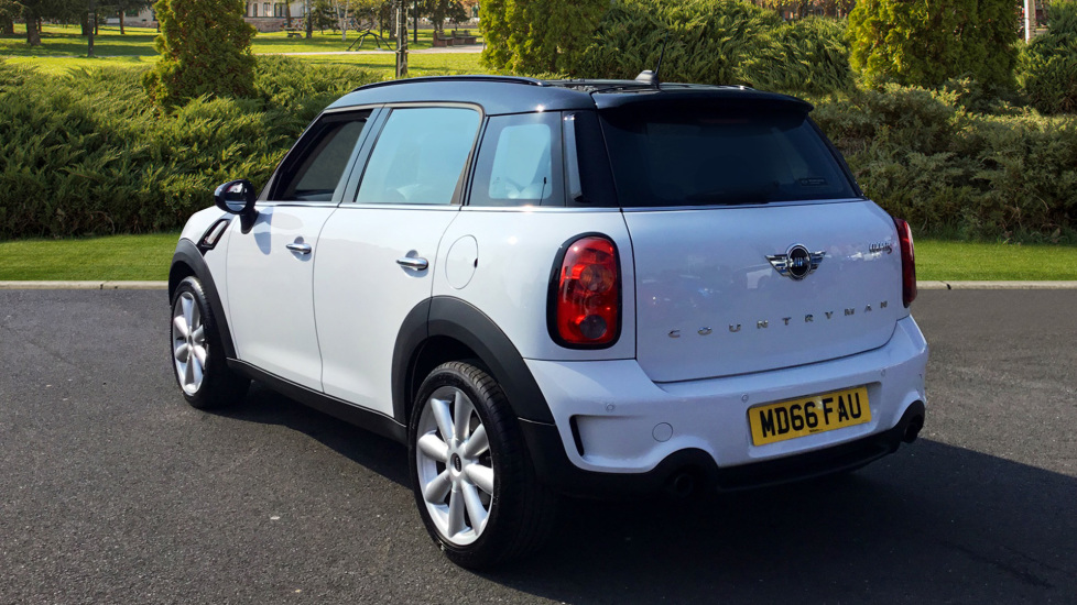 Mini Countryman 16 Cooper S 5dr Hatchback 2016 Available From