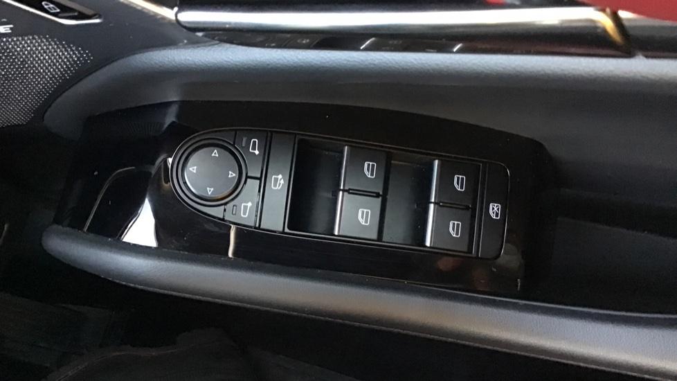 Mazda 3 2.0 Skyactiv-X MHEV GT Sport Tech image 13